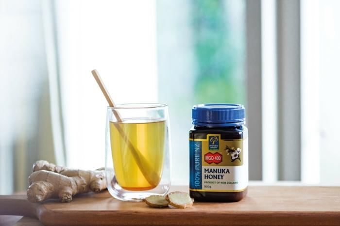 miel de manuka et thé