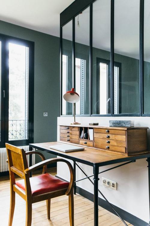 petit bureau industriel joli bureau avec des tiroirs