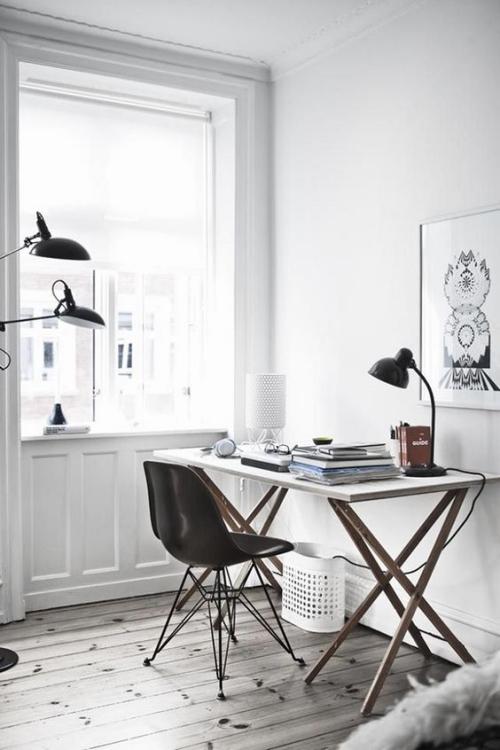 petit bureau industriel meuble aux pieds compas
