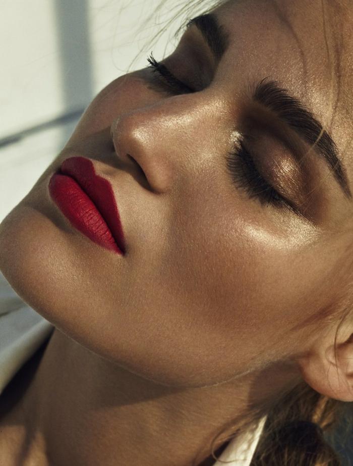 poudre bronzante pour un maquillage parfait