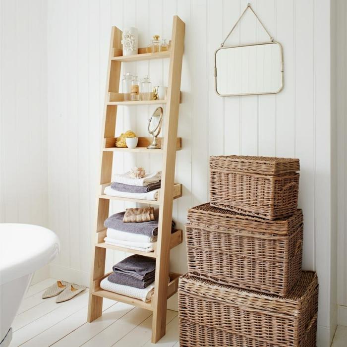 salle de bain échelle bois déco