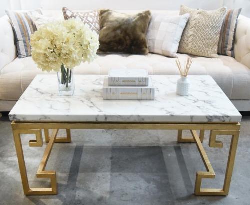 table basse en marbre design original du piètement