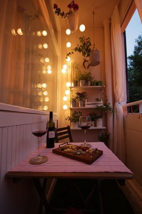 éclairage balcon garde-corps avec rideaux