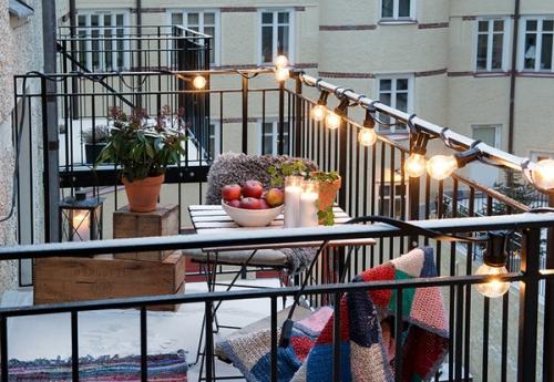 éclairage balcon terrasse ouverte en fer