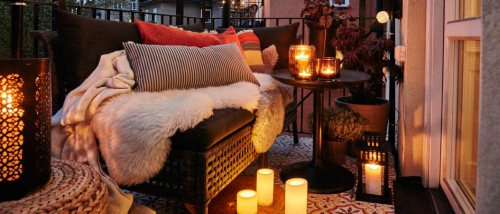 éclairage balcon une terrasse accueillante