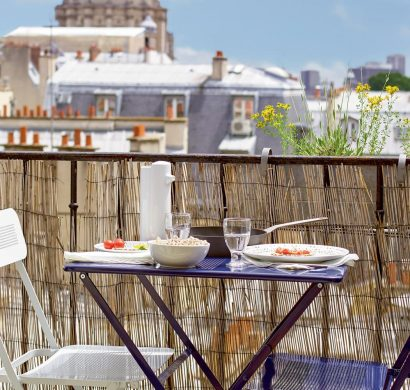 am nager un balcon long d faut ou avantage d avoir un. Black Bedroom Furniture Sets. Home Design Ideas