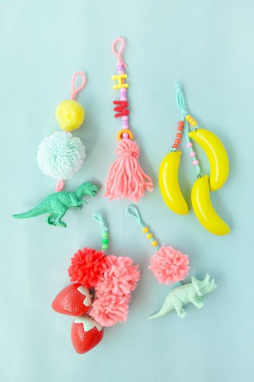 DIY fourniture scolaire figurines en plastique