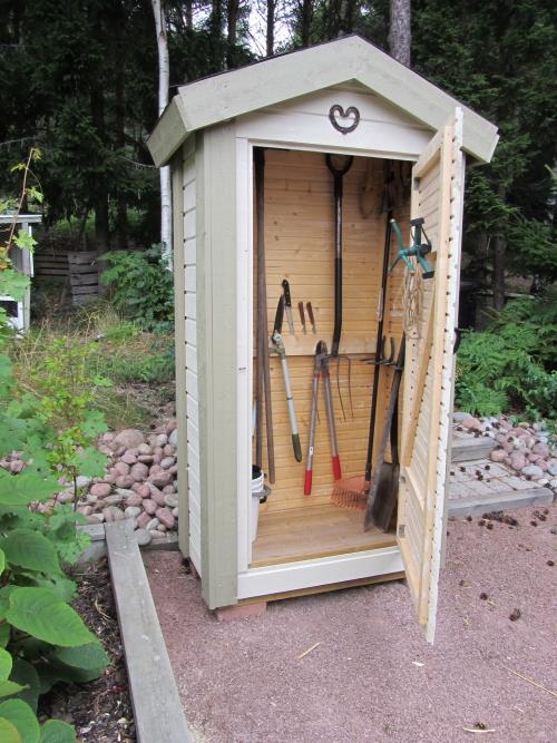 abris jardin tout petit pour les outils