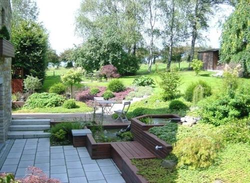 aménagement jardin en pente douce grand jardin vert