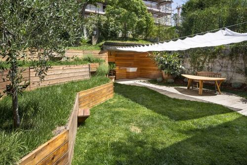 aménagement jardin en pente douce pelouse privilégiée