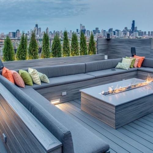 aménager un balcon long terrasse design