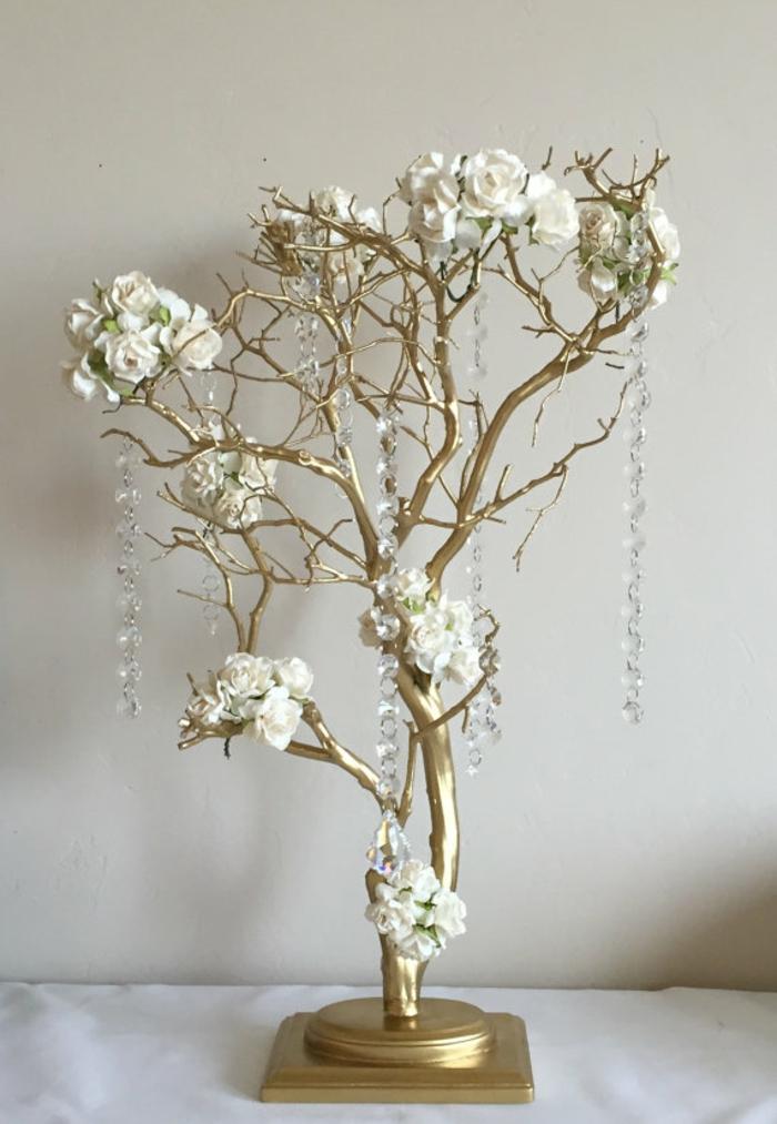 arbre à voeux mariage avec des fleurs