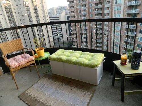 astuce déco balcon vue sur la ville