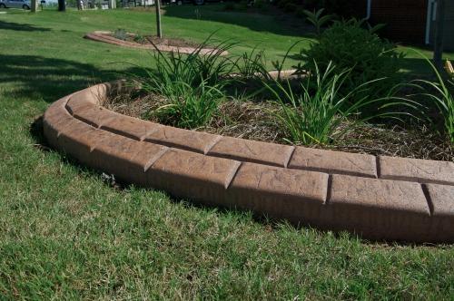 bordures de jardin grand espace de pelouse