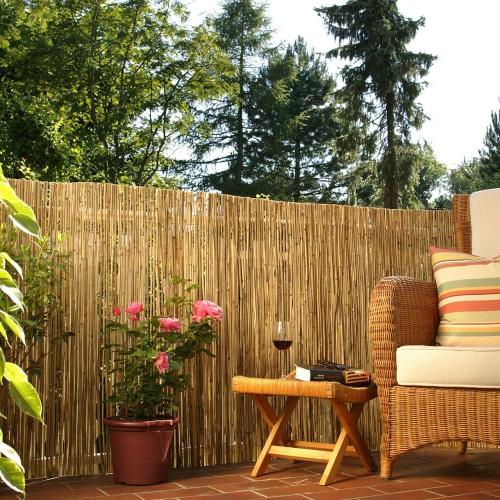 brise-vue balcon design sol dallé à la terrasse