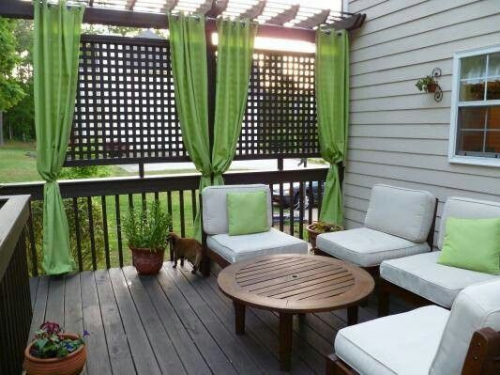 brise-vue balcon design sol en planches de bois