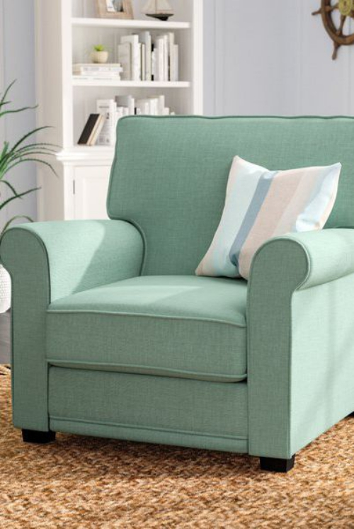 chaise cosy large fauteuil en couleur pâle