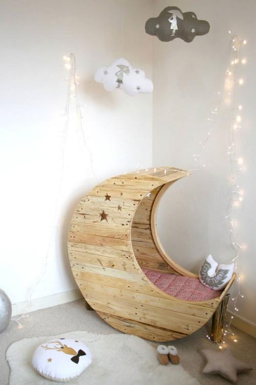 chambre d' enfants comme salle de jeux pour petit bébé