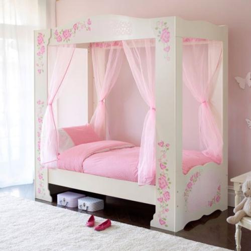 chambre fille lit de princesse baldachim