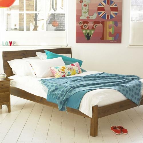 chambre fille sol en planches de bois