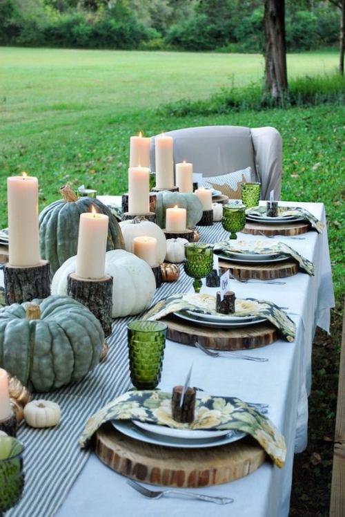 comment décorer la table du jardin large nappe sur la table