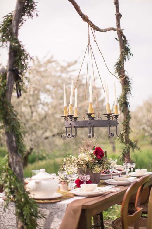 comment décorer la table du jardin pot en céramique pour les fleurs