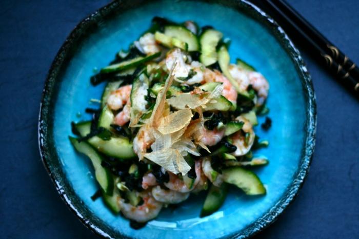 crevettes wakamé et concombres