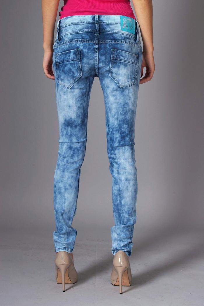 customiser un jean avec de la javel