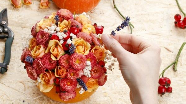 déco automne à faire soi-même arrangement fleurs automnales