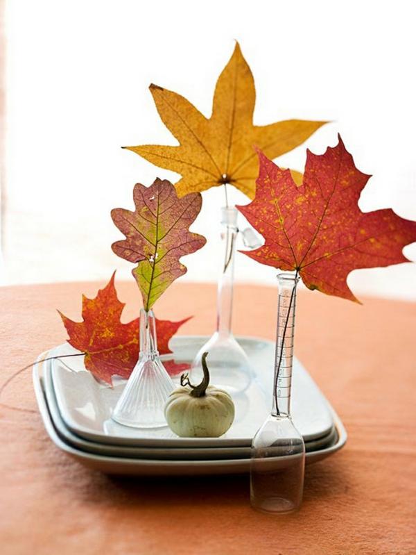 déco automne à faire soi-même déco de table feuilles d'automne