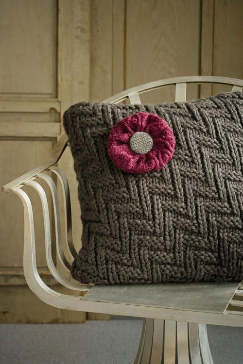 déco automne à faire soi-même taie de coussin tricotée