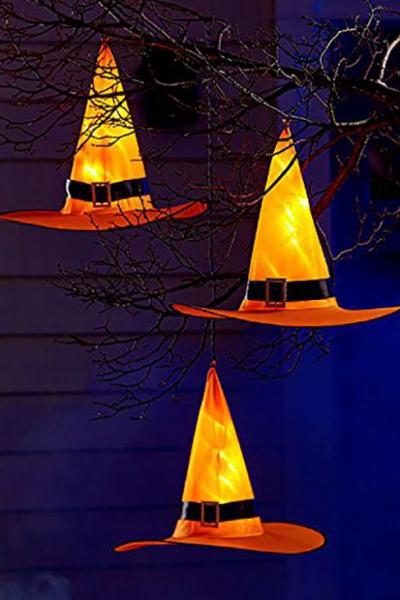 déco extérieure Halloween chapeaux illuminés