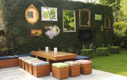 déco pour mur extérieur joli coin de repos dans le jardin