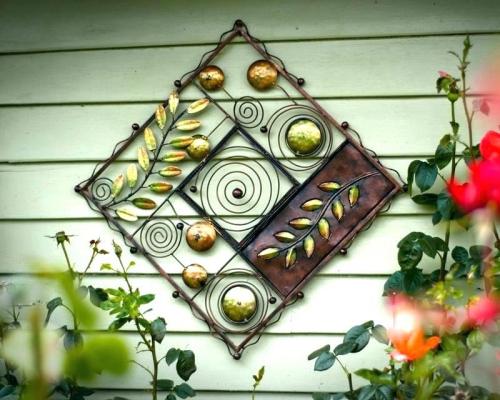 déco pour mur extérieur mur en bois décoré
