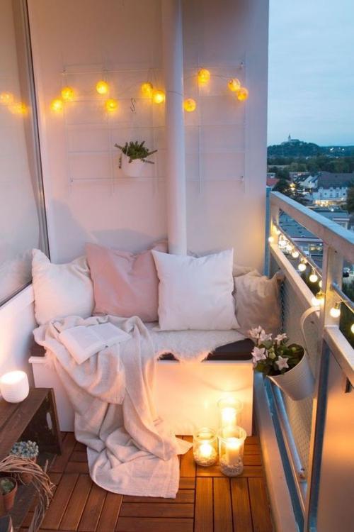 décoration balcon sol en parquet