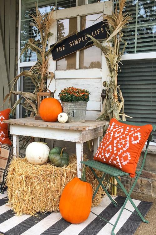 décoration citrouille coin de la terrasse aménagé automne
