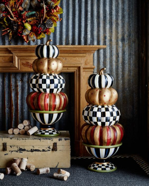 décoration citrouille couronne d' automne sur le mur