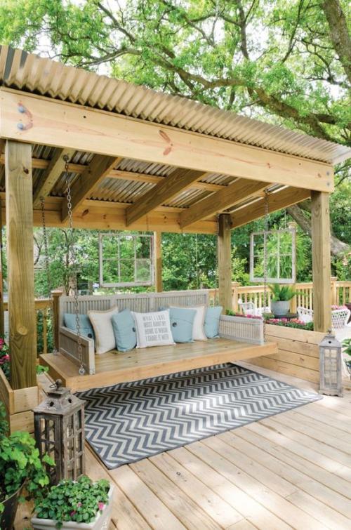 décoration extérieure coin-détente en bois