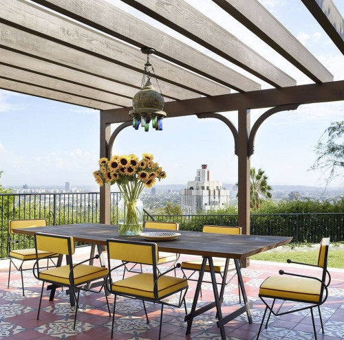 décoration extérieure terrasse avec belle vue