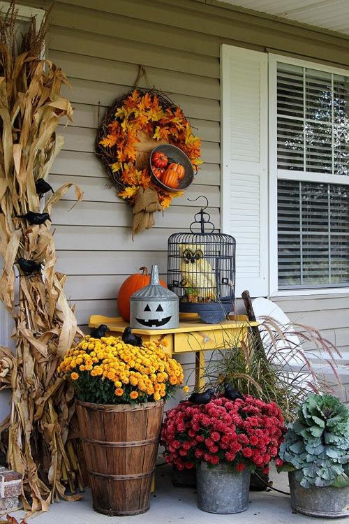 décoration jardinière extérieure à l' approche de Halloween