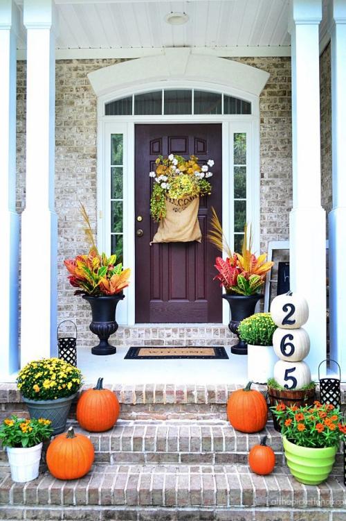 décoration jardinière extérieure joli ornement automnal