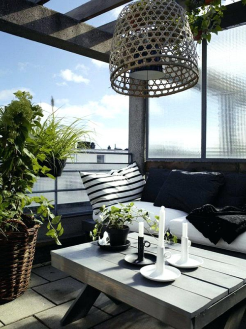 décoration petit balcon brise-vue en verre mat