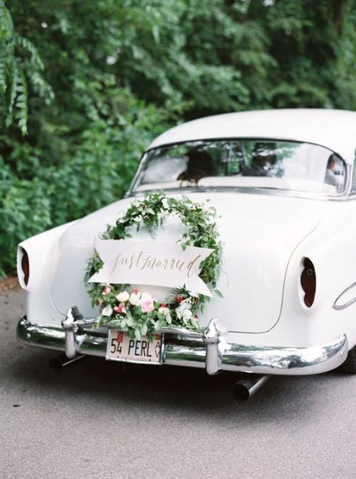 décoration voiture mariage automobile rétro