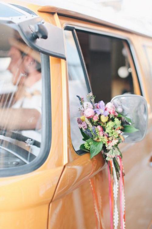 décoration voiture mariage couleur ocre