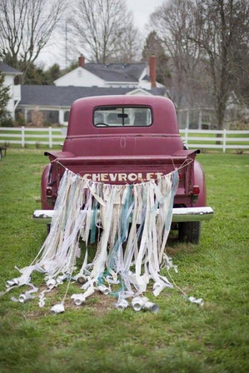 décoration voiture mariage fête champêtre