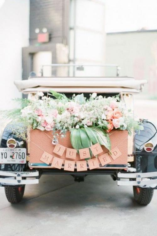 décoration voiture mariage un automobile rétro