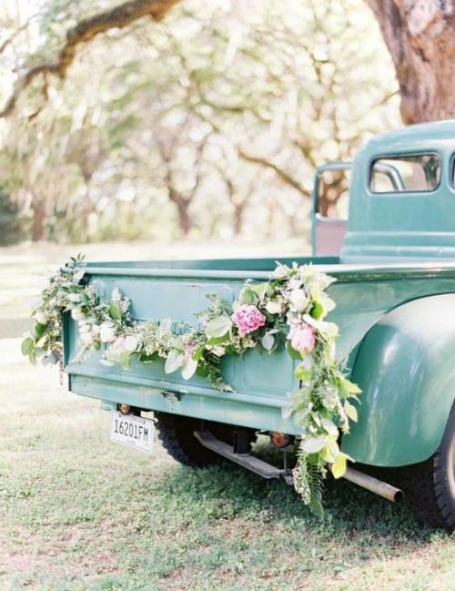 décoration voiture mariage un camion décoré