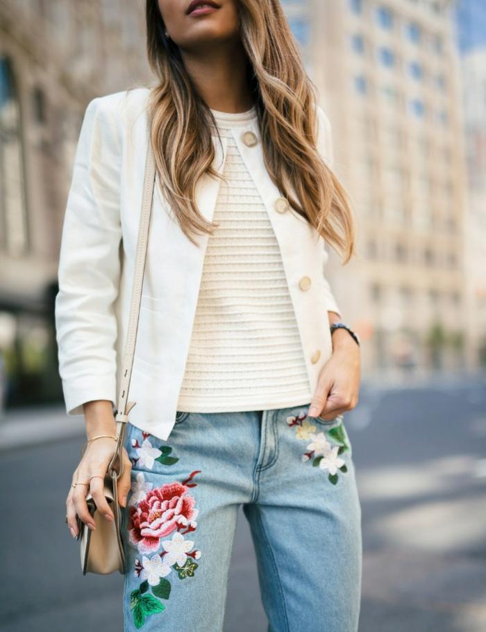 denim brodé idée customiser un jean