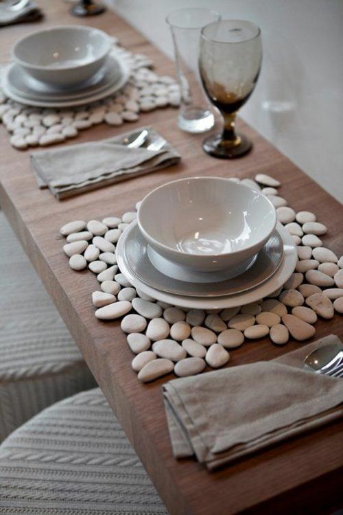 diy déco de table bricolage avec des galets