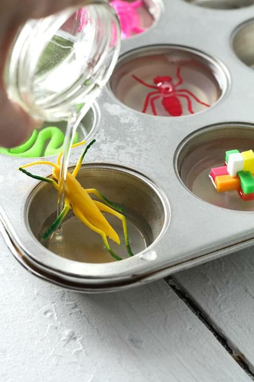 diy savon glycériné avec jouet